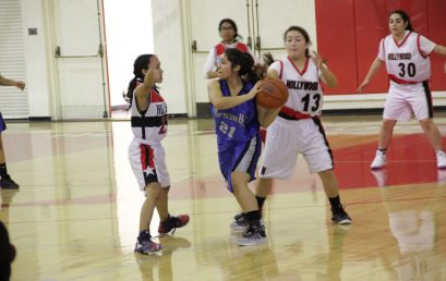 Girls Basketball @ Hollywood
