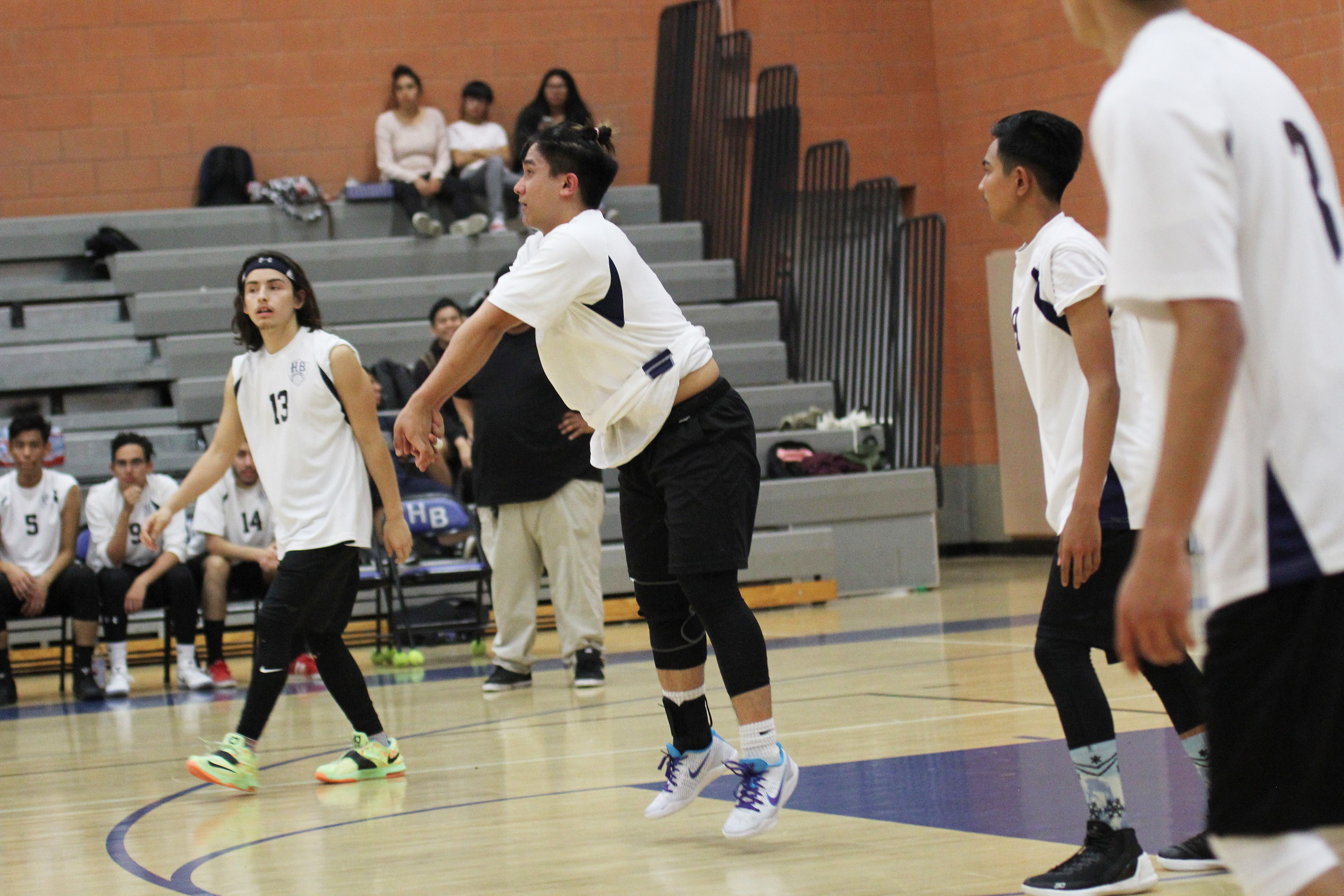 Boys Volleyball vs Contreras